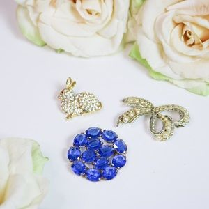 Lot of Three Vintage Costume Jewelry Brooches